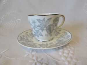 Vintage WEDGWOOD Wildflower Cups and Saucers