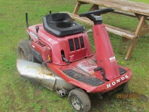 Honda HT-R 3009 Lawnmower