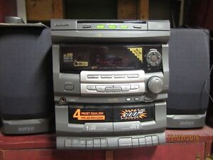 Stereo 3 cd disc changer, recorder to tapes-Tape to tape Kingston Kingston Area image 4