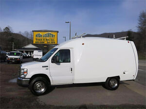 """Looking for transport or moving whit my 12""""  cube van"""