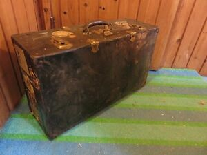 SMALL TRAVEL TRUNK WITH STICKERS GOOD FOR COFFEE TABLE IN GOOD C