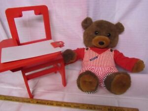 SKIPPY SCRIBBLES Singing & Drawing Bear on chair