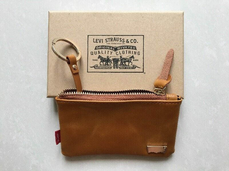 Levi's leather coin pouch