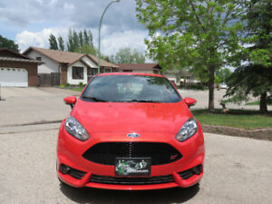 PRISTINE MOLTEN ORANGE 2015 FIESTA ST