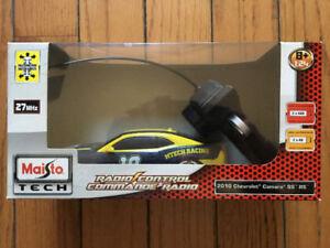 MAISTO TECH 2010 CHEVROLET CAMARO RADIO CONTROL CAR 81018