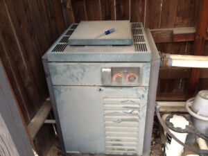 free Pick up old gas pool heater