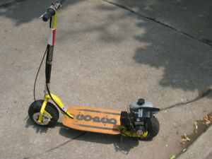 GO-PED BIG FOOT MODEL GAS SCOOTER