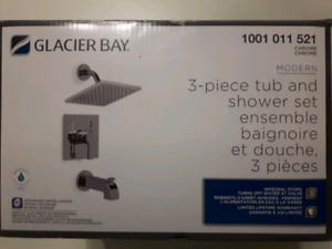 Glacier Bay 3pc Tub and Shower Set 1001 011 521