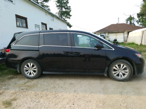 2014 Honda Odyssey SE, with extended warranty, Bluetooth, By cam