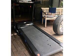 Treadmill **urgent sale** Wishart Brisbane South East Preview