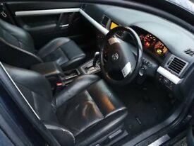 Vauxhall Vectra 2.2 SRI auto