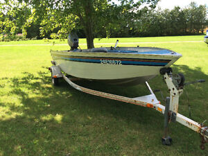 Boat with 25hp Johnson outboard motor London Ontario image 2