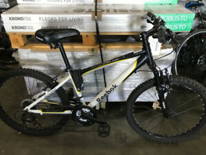 White Reebok Oregon Front Suspension 21-Speed Mountain Bike