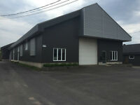 Entrepôt/local 3300 pc à louer Charny