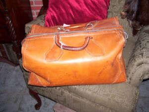 Great Medical Doctor's Travel Bag  from local estate