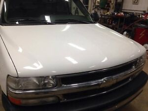 Hood for 99-02 Chevy London Ontario image 1