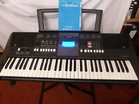 Yamaha PSR-E423 Electronic Keyboard and Accessories