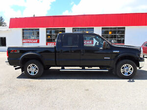 2005 Ford F-250 LARIAT FX4 DIESEL *4X4 * LEATHER * SUNROOF*