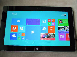 Microsoft Surface 2 Tablet EXCELLENT CONDITION.