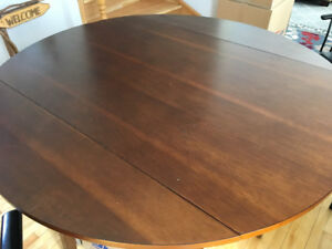 Pub Height Round Dinning Table (moving sale)