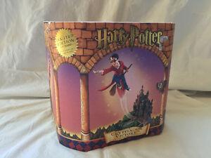 "Harry Potter ""Gryffindor Victory"" Collectors Piece"