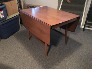Vintage Drop-Leaf Table