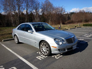 2009 Mercedes-Benz E-Class 4MATIC Fully loaded with only 58849km