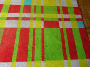 Kid's room rug / Tapis pour chambre d'enfant