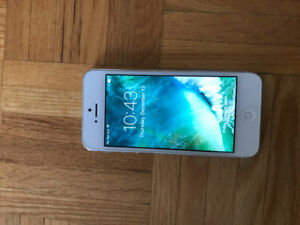 iPhone 5S white 16gb. Excellent condition