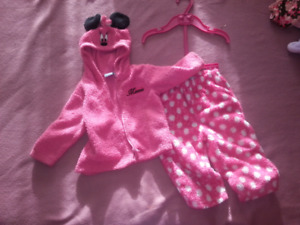 Minnie Mouse track suit size 18 months
