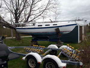22 Ft  Tanzier Sailboat