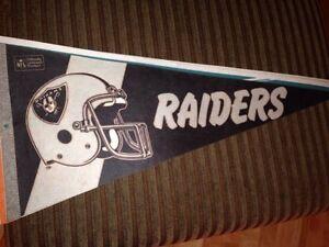 NFL Oakland Raiders team pennant. Gatineau Ottawa / Gatineau Area image 1