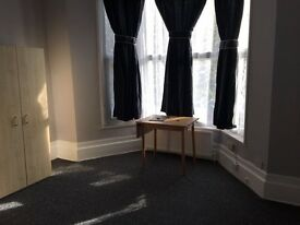 Bright and brilliant studio flat available now in forest gate