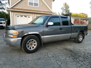 2002 GMC Sierra Extended Cab Pickup Truck
