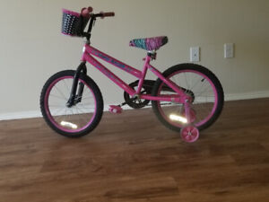CHILDRENS BIKES WITH TRAINING WHEELS- Good for 5 to 8 years old
