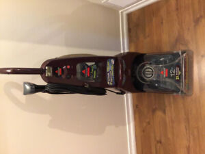 BISSEL PROHEAT 2X CARPET AND UPHOLSTERY STEAM CLEANER