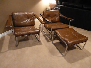 Leather and chrome lounge chairs by Karl Thut - rare and mint !