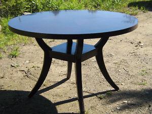 TABLE DE CUISINE BOIS MERISIER RONDE 48``  PROPRE BOURGOGNE