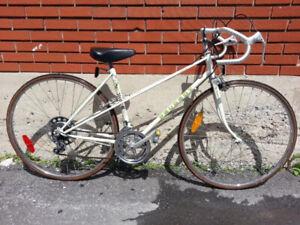 Vélo fille PEUGEOT ÉTAT NEUF