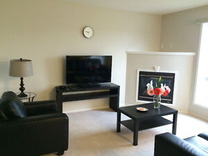 Fully furnished 3 bedroom duplex at Galloway Wynd!
