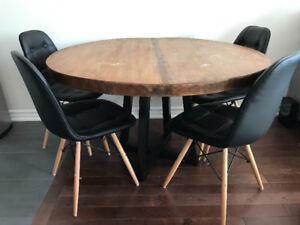 """Custom 47/48"""" Rustic Round 3"""" Solid Oak Dining Table"""