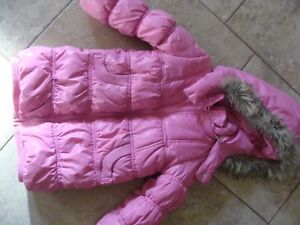 Pink winter jacket - size 4/5