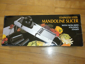 Mandoline - Stainless Steel Slicer with Hand Guard - by WINCO