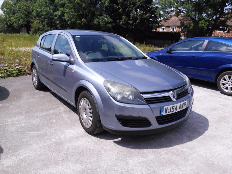 Vauxhall/Opel Astra 1.8i 16v ( a/c ) auto 2004.5MY Life
