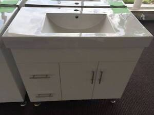 900mm Vanity with thick ceramic top- seconds North Parramatta Parramatta Area Preview