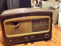 Antique Bakelite valve radio