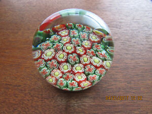 Vintage Red & Green !!!! Millefiore Paperweight