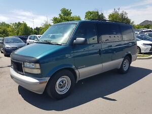 2000 GMC Safari SLE Van *** 8 Passenger,  Power Opts, AC ***