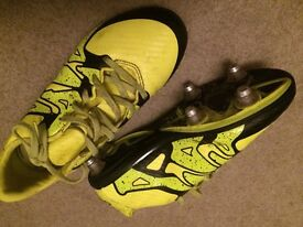Football boots size 2.5