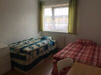 Nice room to share with a MAN, to rent in Mile End, all bills included, free wifi, ID: 598